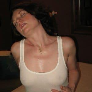 Wenn mein Mann mich vernachlässigt muss er damit rechnen dass ich mir meine Bedürfnisse woanders befriedige. Also liebe Männer, suche eine Affäre um meine Lust zu stillen. Hoffe das ist hier möglich!